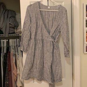 Old Navy Grey Striped Dress